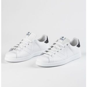 NWT Victoria Lace Up Sneaker With Glitter Accent